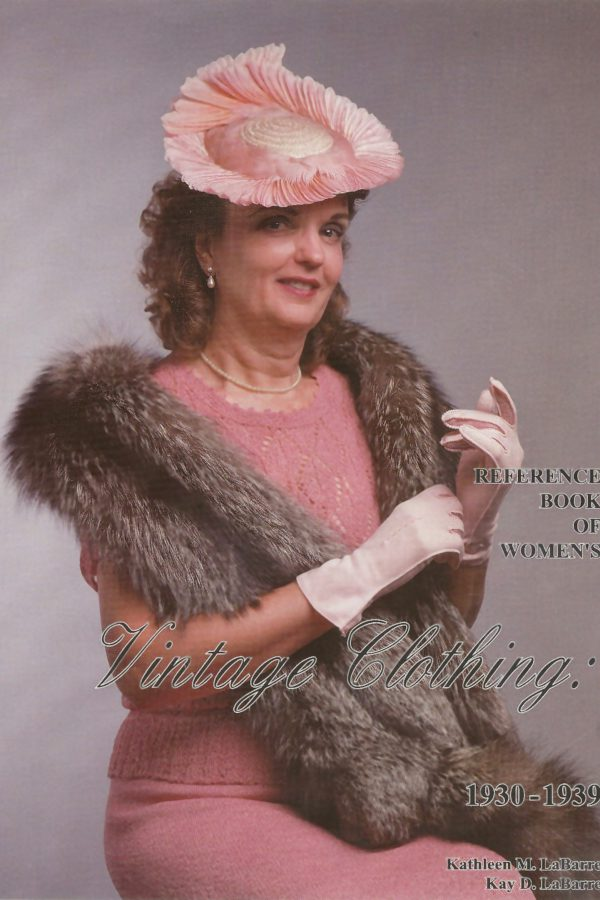 Reference Book of Women's Vintage Clothing 1930-1939